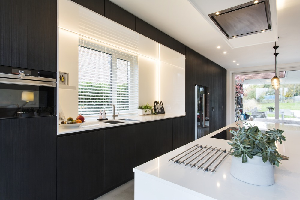White composite kitchen worktop