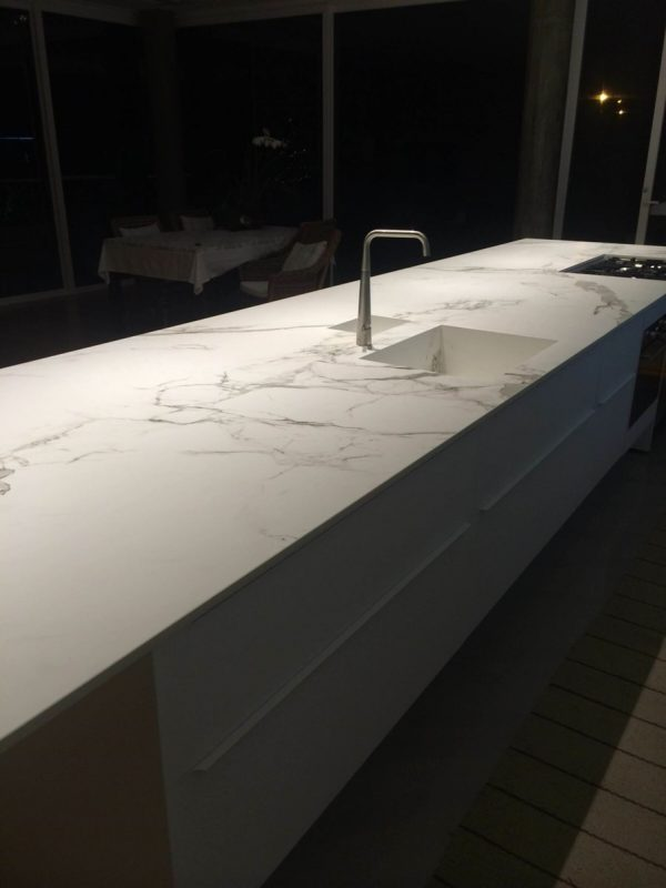 Dekton Aura 15 kitchen worktops