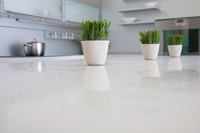 sleek-quartz-counters-for-your-kitchen
