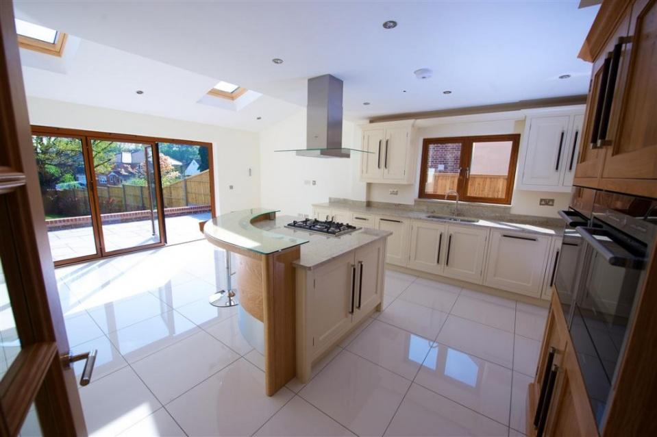 Open plan bespoke fitted kitchen